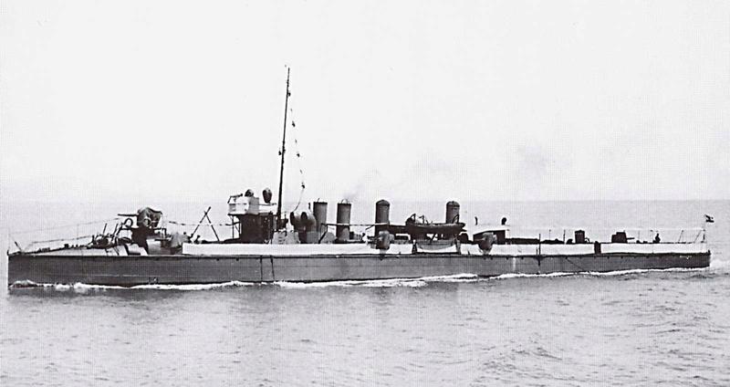 Marine Austro-Hongroise  - Page 2 Huszar10
