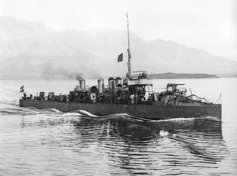 Marine Austro-Hongroise  - Page 2 Ulan_a10