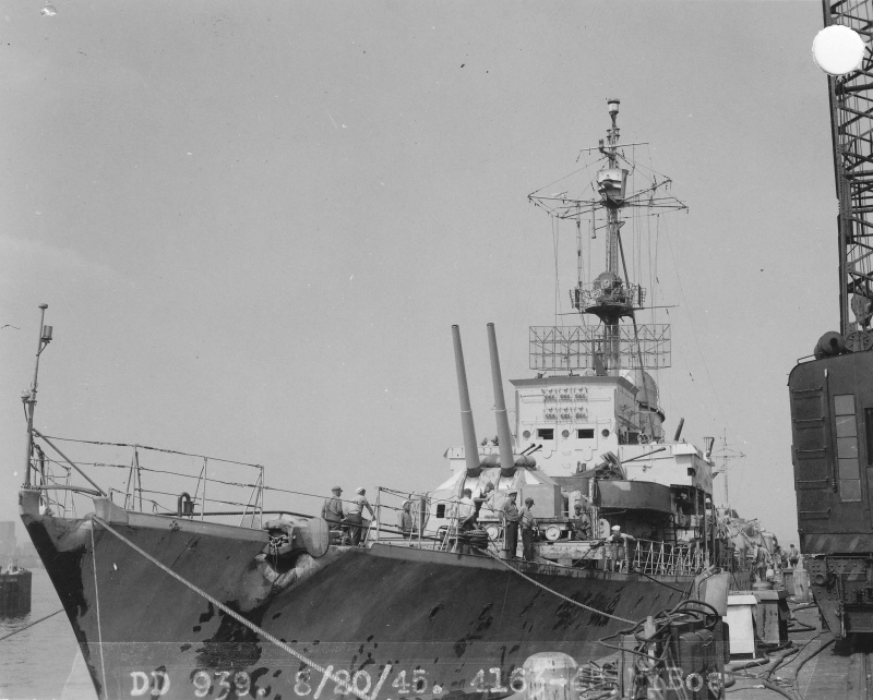 Destroyers allemands - Page 2 Z39_1911