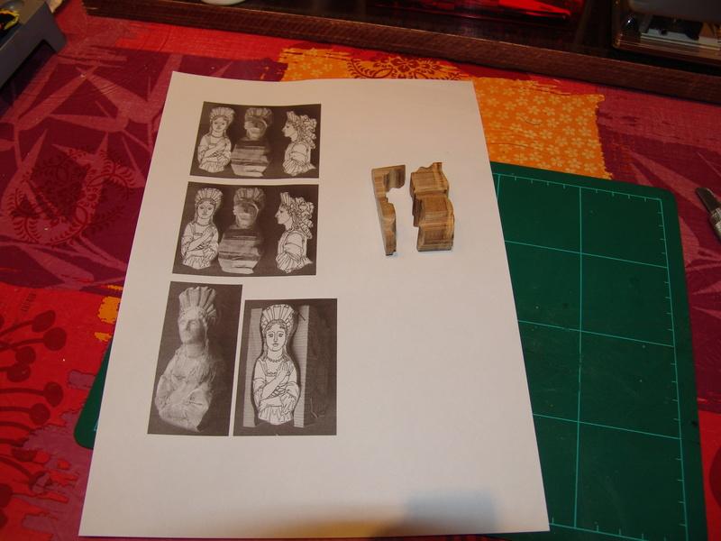 Découpe et la sculpture d'une figurine de proue Dsc00017