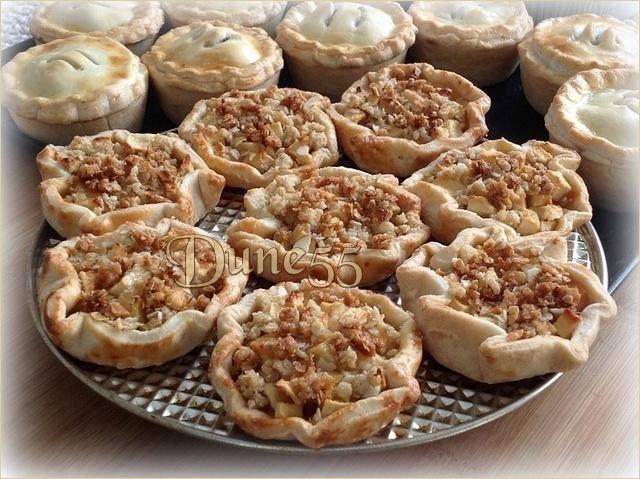 Tarte crumble aux pommes et caramel beurre salé Zemwrs11