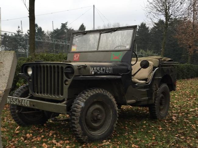 jeep a restaurer Mb110