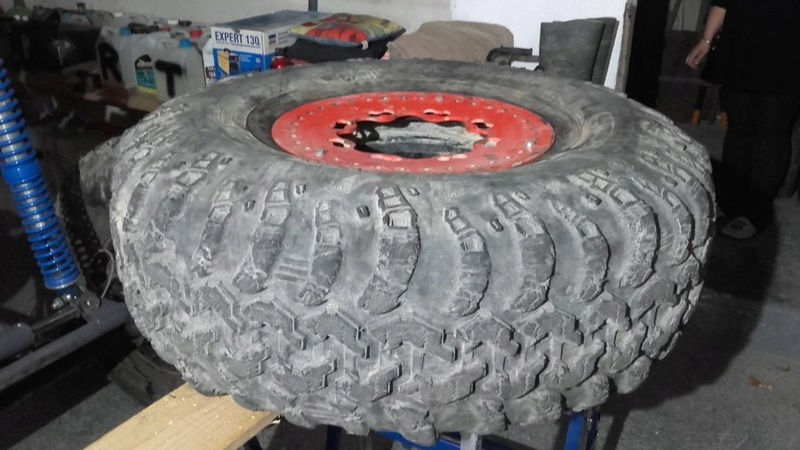 Vends pneus Irok swamper  11