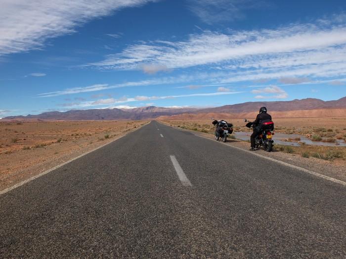 Voyage dans le temps: un petit mono au Maroc Dscf5612