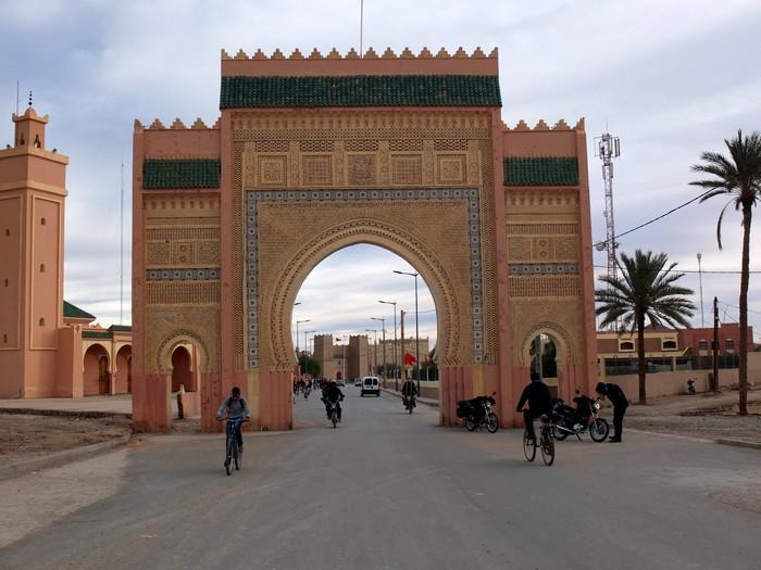 Voyage dans le temps: un petit mono au Maroc Dscf5614