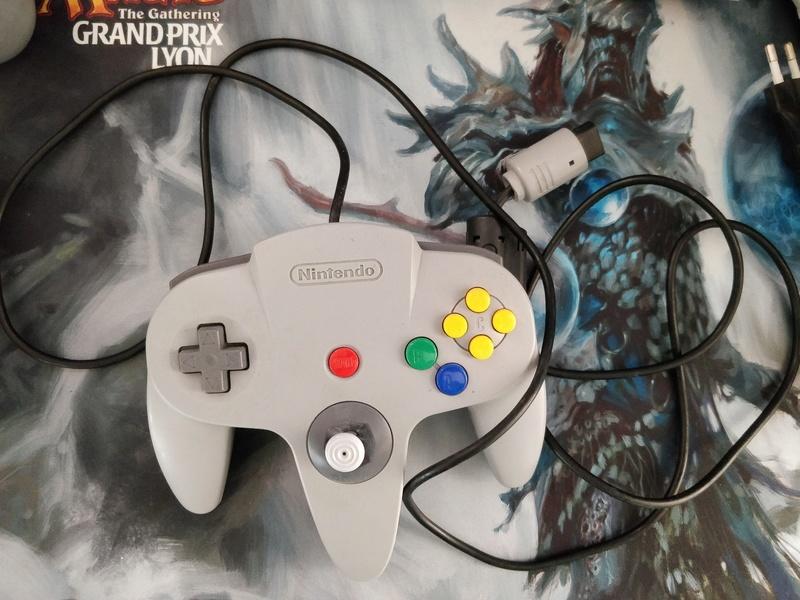[ESTIM] Cartouches NES/SNES/MS + accessoires Img_2108
