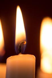 Urgent Appel à  la prière : Ensemble prions le chapelet de la Miséricorde Divine Bougie11