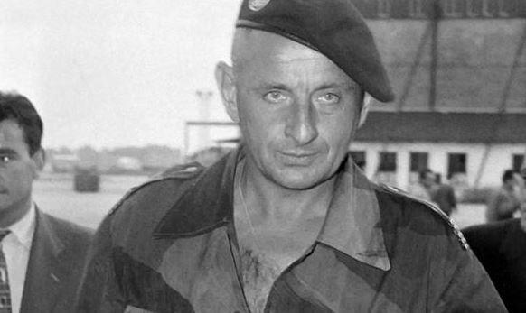Général Marcel BIGEARD Bigear10