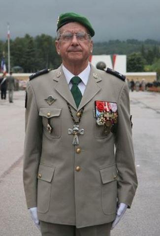Le père Lallemand faisait ses adieux à la Légion  Lygion12