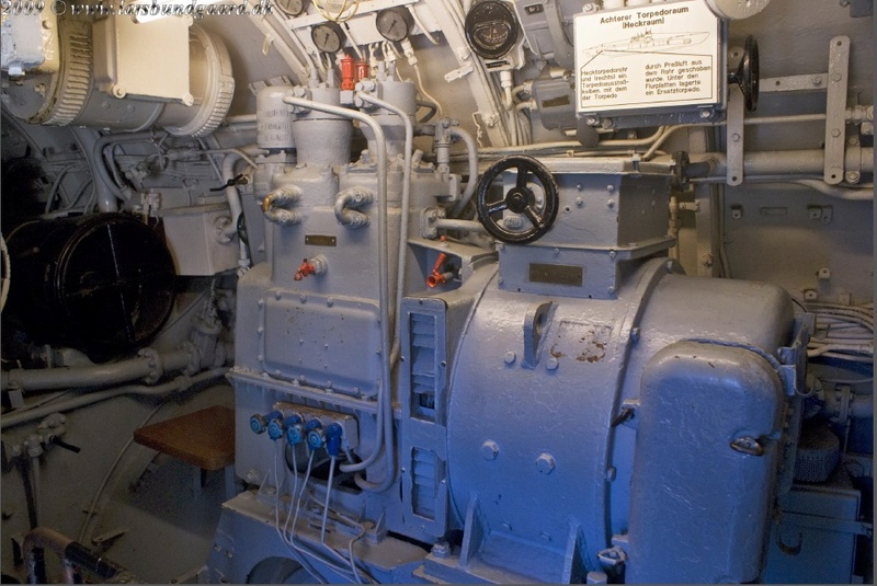 U-Boat 1/48 Trumpeter - Pagina 7 910
