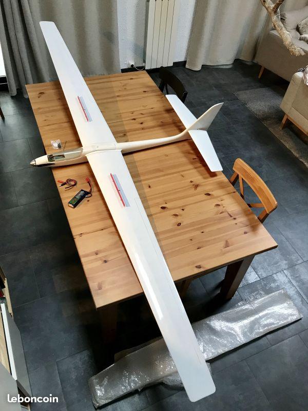 VENDU! Planeur 3m électrique Robbe structure  Delfin14