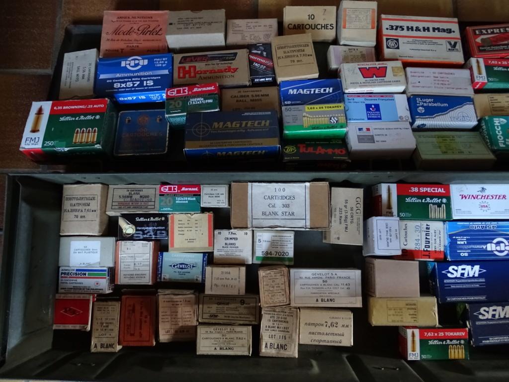 collection de boîtes vides Dsc08714