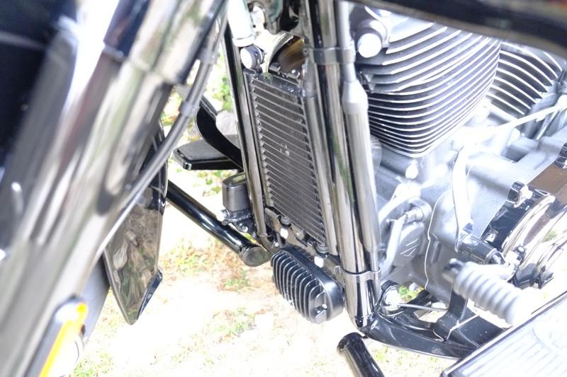 Heritage 114 - Protection du radiateur Dscf6926