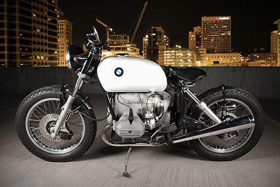 PHOTOS - BMW - Bobber, Cafe Racer et autres... - Page 14 43411910