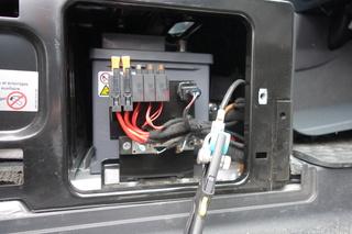 Démarrage moteur sur batterie aux ... - Page 2 Dsc02512