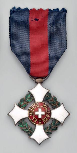 Identification d'une décoration portée par le général BOURBAKI Savoie10