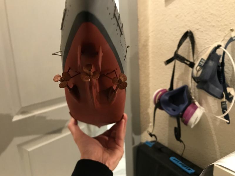 Bismarck 1/350 tamiya UP le 30/01/2018 montage terminé  044b4310