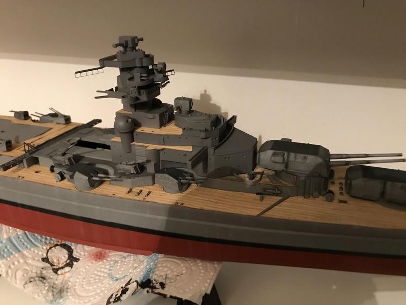 Bismarck 1/350 tamiya UP le 30/01/2018 montage terminé  15f50810