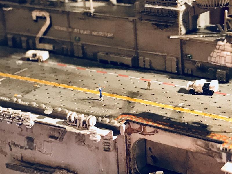 USS Essex Hobby boss 1/700 1e374210
