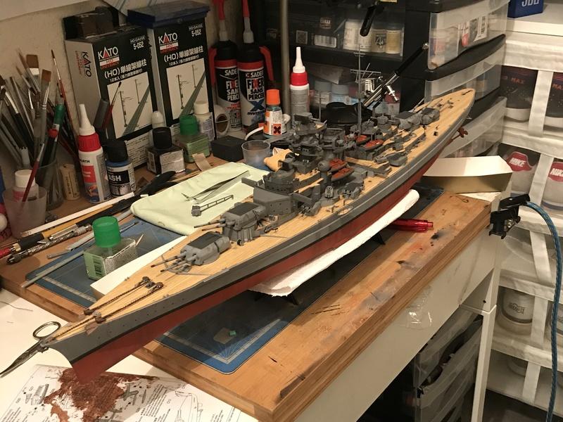 Bismarck 1/350 tamiya UP le 30/01/2018 montage terminé  - Page 2 223ccf10