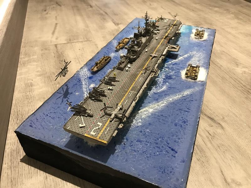 USS Essex Hobby boss 1/700 476b6510
