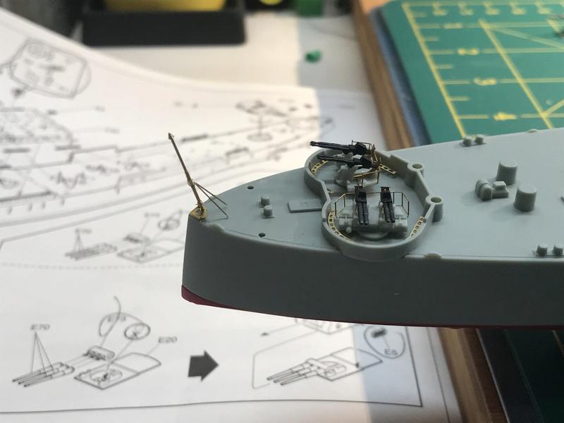 USS Indianapolis academy premium édition 1/350 Termine le29 /03/18 4ada5210