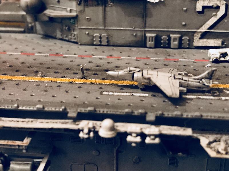 USS Essex Hobby boss 1/700 4c95fb10