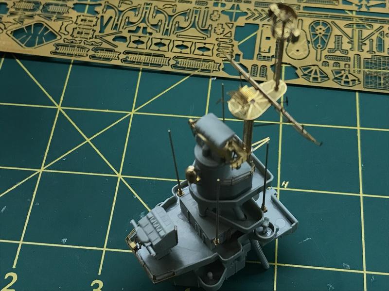 USS Indianapolis academy premium édition 1/350 Termine le29 /03/18 - Page 2 56edcf10