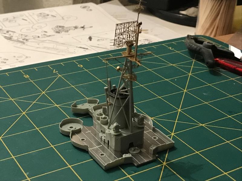 USS Indianapolis academy premium édition 1/350 Termine le29 /03/18 - Page 2 6b2d2010