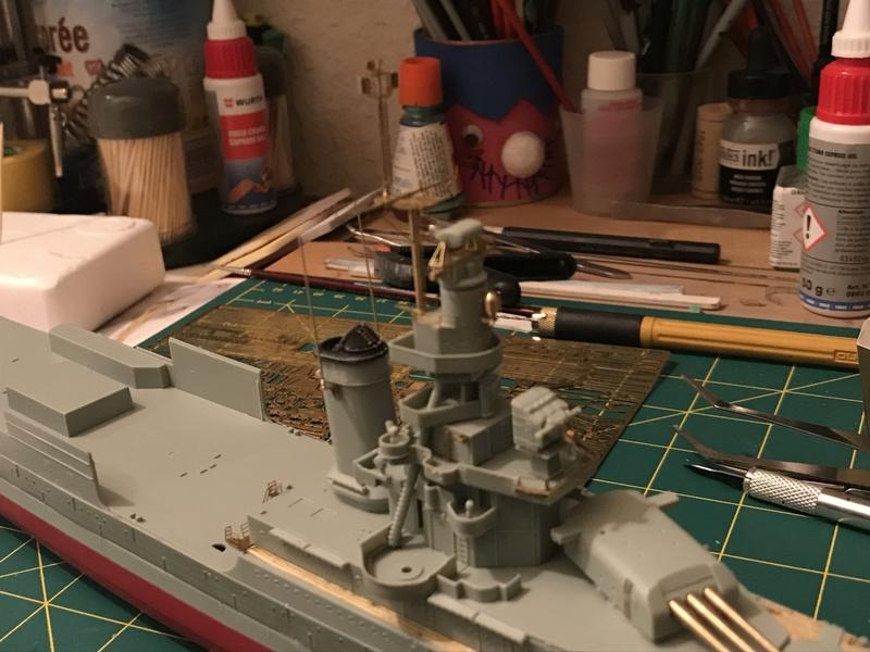 USS Indianapolis academy premium édition 1/350 Termine le29 /03/18 - Page 2 72a2de10