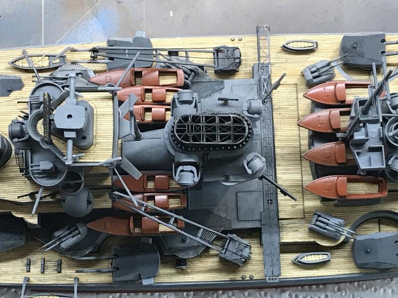 Bismarck 1/350 tamiya UP le 30/01/2018 montage terminé  - Page 2 7c167b10