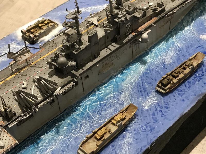 USS Essex Hobby boss 1/700 Cd941e10