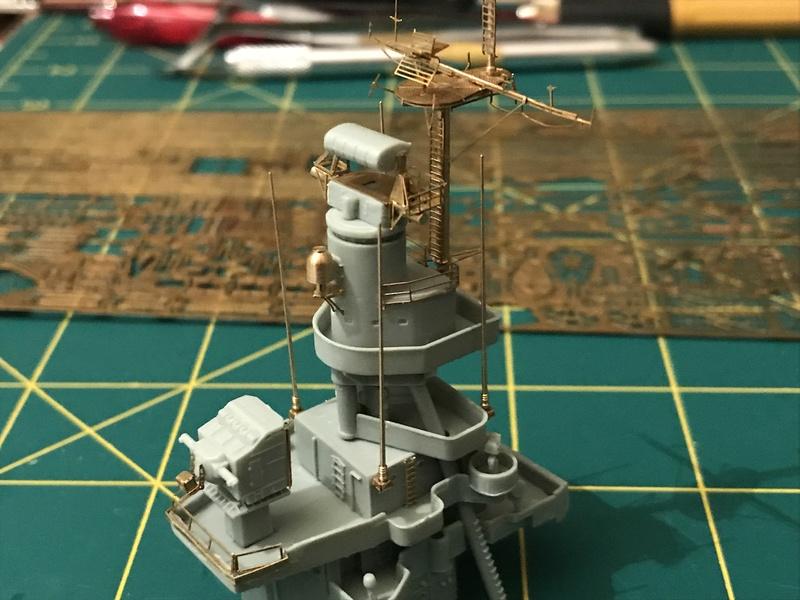 USS Indianapolis academy premium édition 1/350 Termine le29 /03/18 - Page 2 E2597210