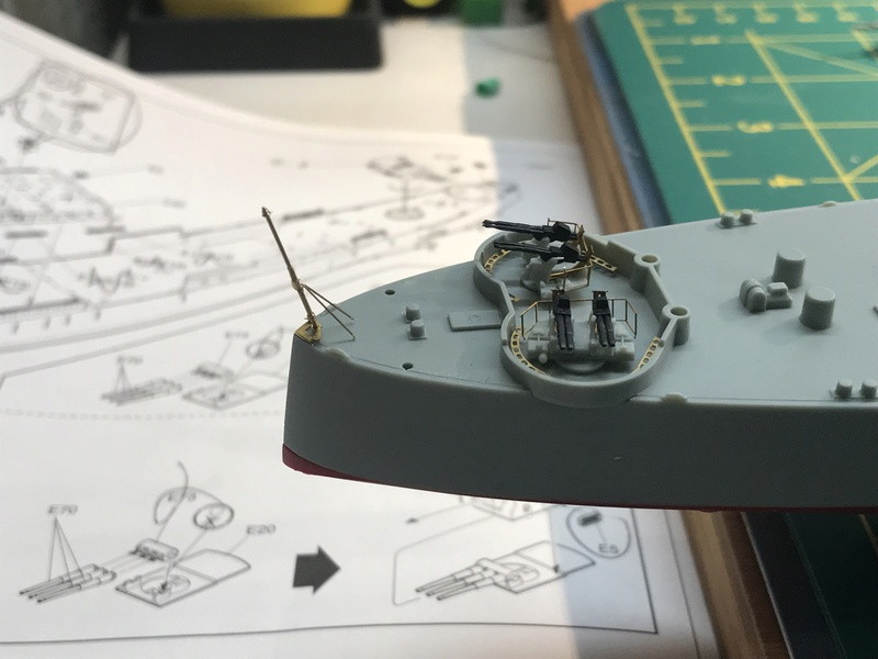 USS Indianapolis academy premium édition 1/350 Termine le29 /03/18 Fc106a10
