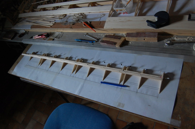 Construction d'un Piper J3 au 1/3 - Page 3 Dsc_0145