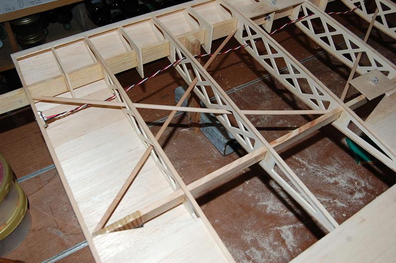 Construction d'un Piper J3 au 1/3 - Page 3 Dsc_0152