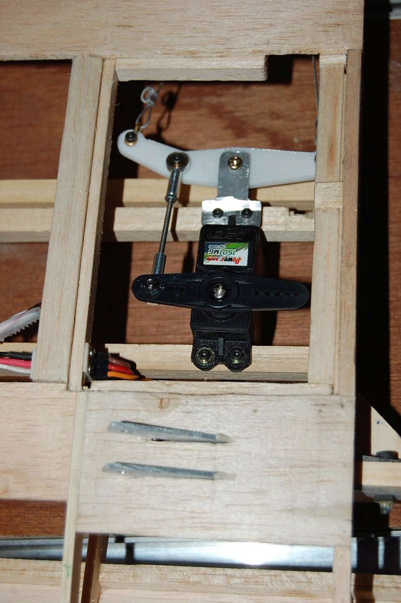 Construction d'un Piper J3 au 1/3 - Page 3 Dsc_0155