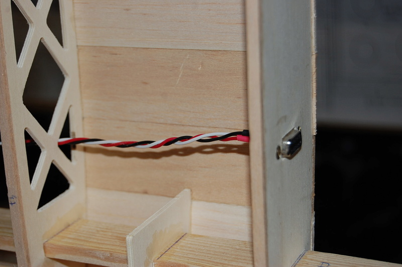 Construction d'un Piper J3 au 1/3 - Page 3 Dsc_0227