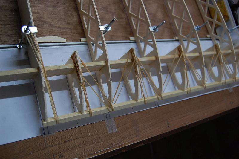 Construction d'un Piper J3 au 1/3 - Page 3 Dsc_0322