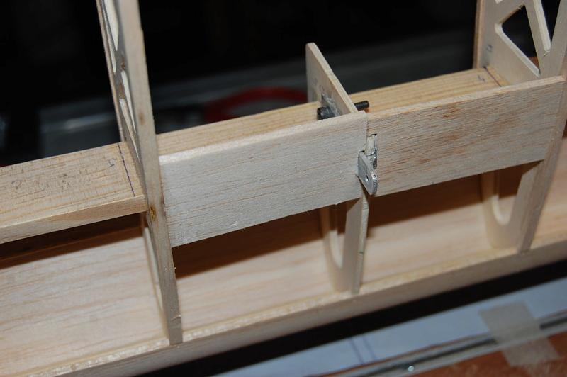 Construction d'un Piper J3 au 1/3 - Page 3 Dsc_0423