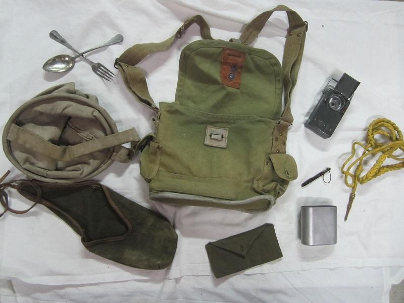 Lot France 40, musette ANP31, lampe, quart, sceau, couverts, petits équipements...-ESC Déc 2 - A CLOTURER MERCI Img_5618