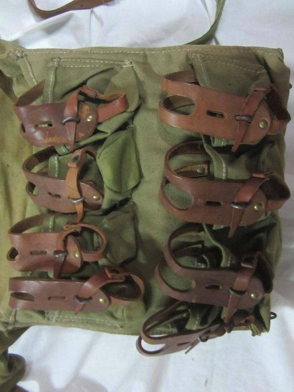Musette porte grenades modèle 1916 en TTBE  MAR4 - ESC - A CLÔTURER MERCI Img_6341