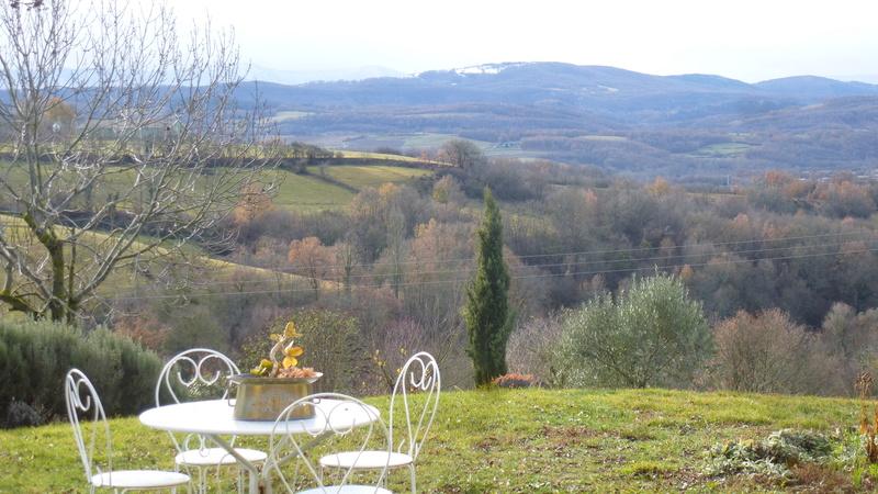 Vues de la fenêtre de notre chambre dans l'Ariège P1060820