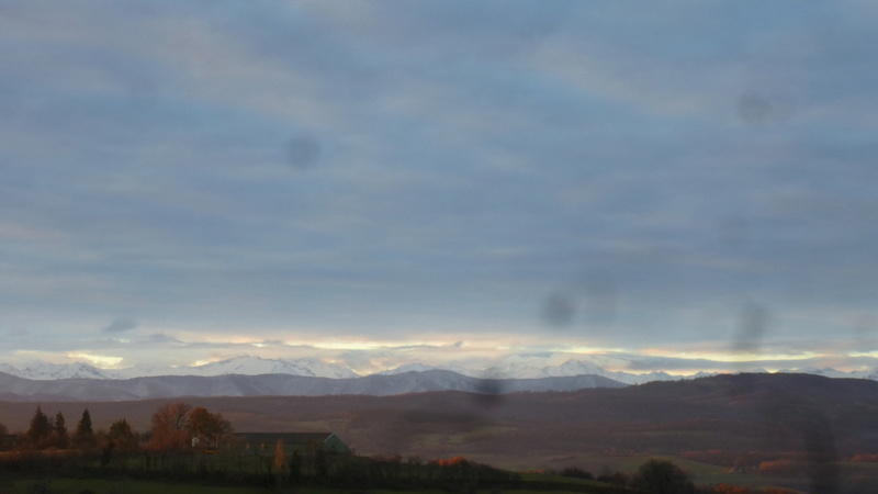 Vues de la fenêtre de notre chambre dans l'Ariège P1060821
