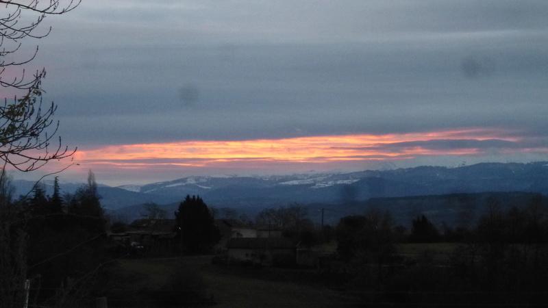 Vues de la fenêtre de notre chambre dans l'Ariège P1060822
