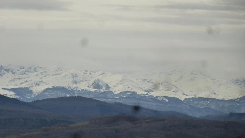 Vues de la fenêtre de notre chambre dans l'Ariège P1060914