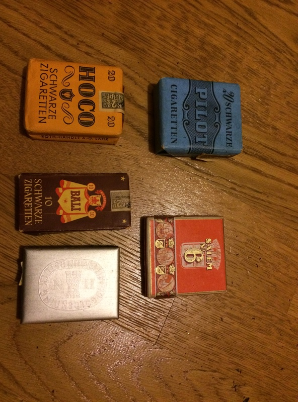 paquets de tabac et cigarettes allemand WW2 Photo_13