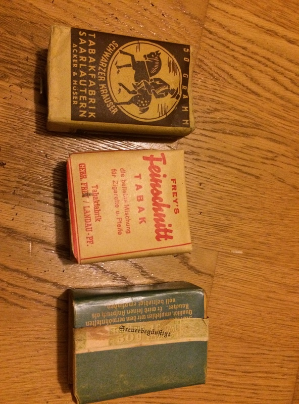paquets de tabac et cigarettes allemand WW2 Photo_16