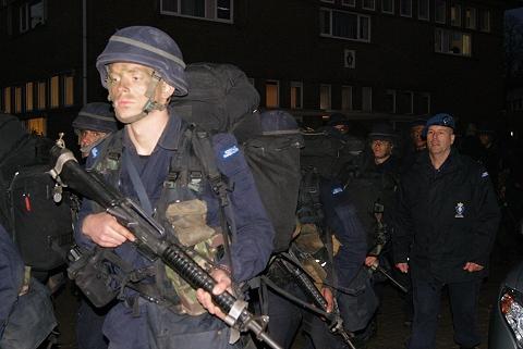 Dutch Army Kevlar helmet Passin10