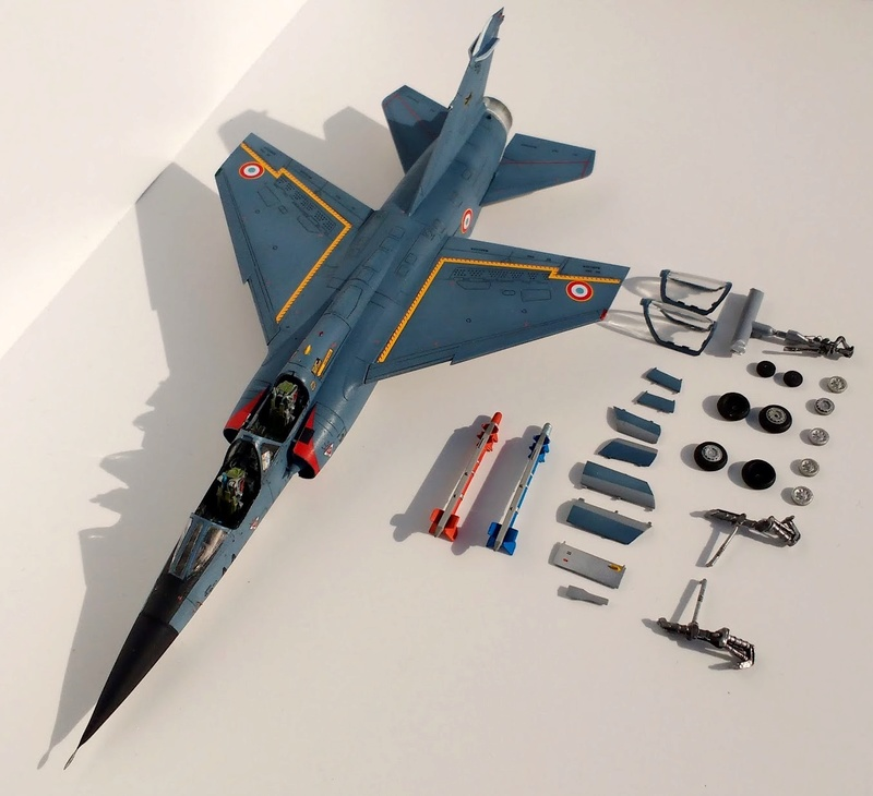 Mirage F1B [Special Hobby 1/72 + Berna + Res-Kit] Img_2043